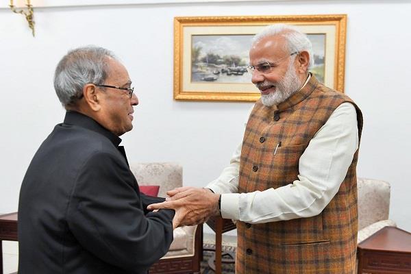 pm narendra modi meets former president pranab mukherjee