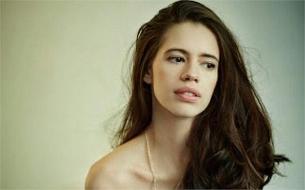 actress kalki raise question on intimate scenes in film industry
