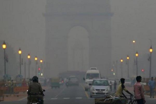Image result for दिल्ली में प्रदूषण खतरनाक स्तर के विरोध का किया प्रदर्शन