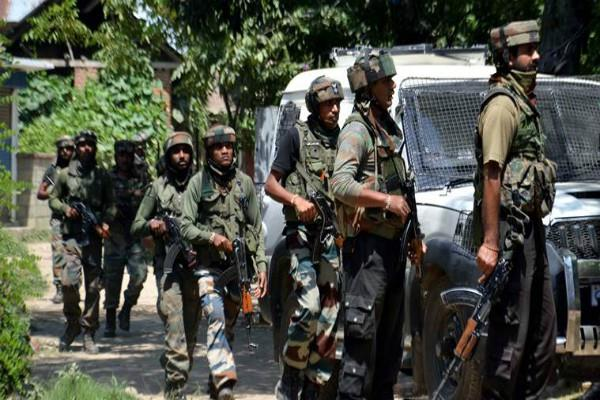 j k in shopian encounter piled 2 hizbul mujahideen terrorist