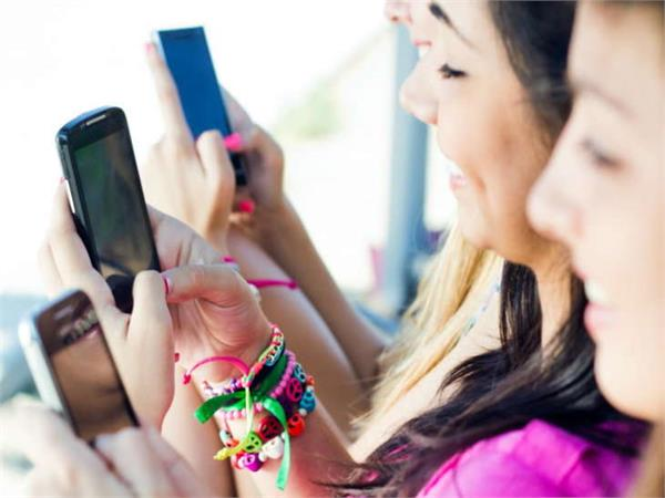 india is the second largest market of smartphones