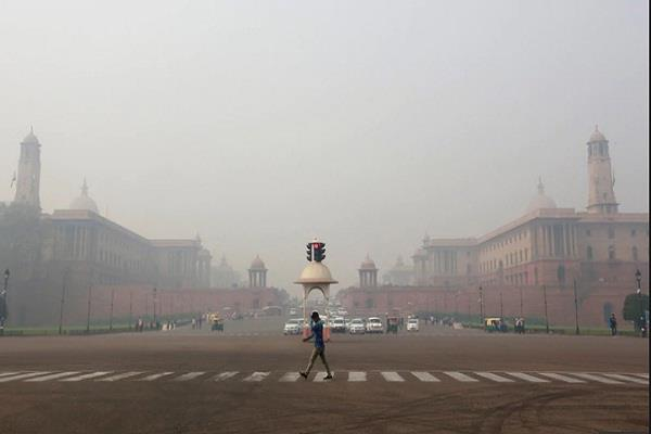 minor improvement in the air in delhi
