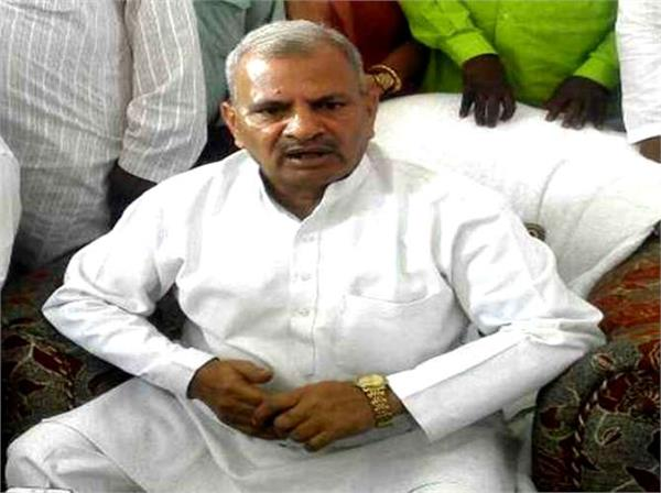 sp state chief naresh uttam patel s official residence stolen