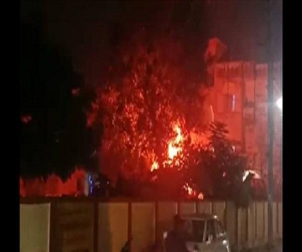 meerut a sudden fire in the vehicles stationed in a police station