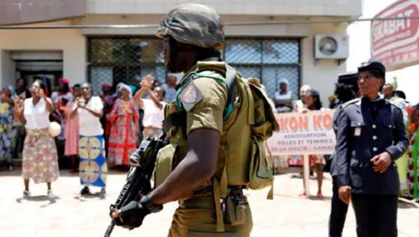 over 80 people mostly schoolchildren kidnapped in cameroon