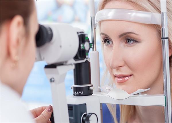 आंखों की सूजन है ब्रेन ट्यूमर का संकेत, जानें सेहत से जुड़े हर राज