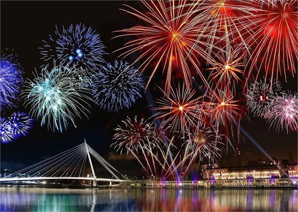 भारत ही नहीं, विदेशों में भी देखने को मिलता है Diwali का क्रेज
