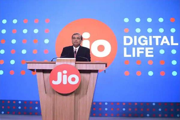 jio adds 1 3 cr users in sept airtel voda idea lose over 1 cr customers