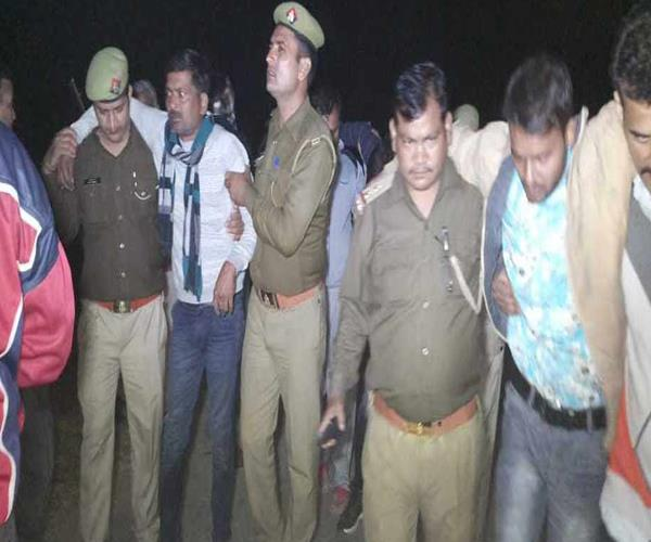 bulandshahr encounter between police and miscreants arresting 3 badmash