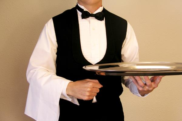 restaurant does not provide service tax in the employees will have expensive