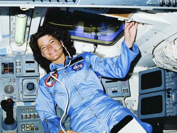 female astronaut manages periods in space in this way