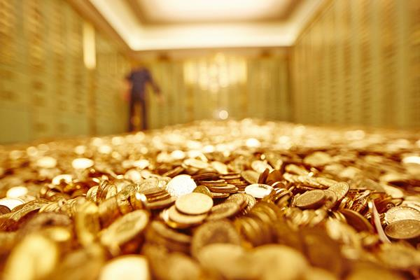 gold rebounds rs 80 silver recovers rs 150