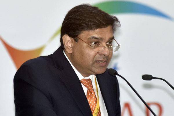 rbi governor urjit patel gives 5 questions to parliamentary committee