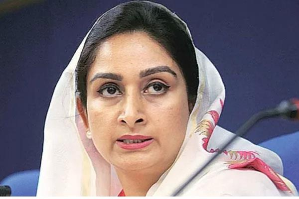 harsimrat kaur badal surrounded by controversy