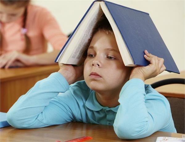 ADHD रोग क्या है ? इससे कैसे करें बच्चे का बचाव