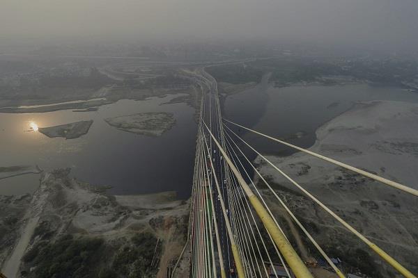 signature bridge of delhi to be ready