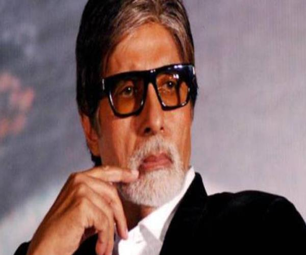amitabh has forgotten farmers of his village under debt of the bank