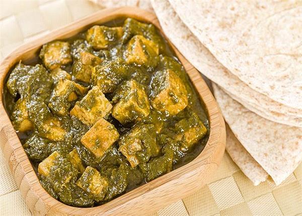 डिनर या लंच में बनाकर खाएं स्वादिष्ट मेथी पनीर