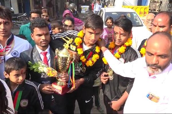 8 gold win in international karate championships