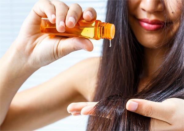 आयुर्वेदिक टिप्सः जानिए, बालों में तेल लगाने का सही समय और तरीका