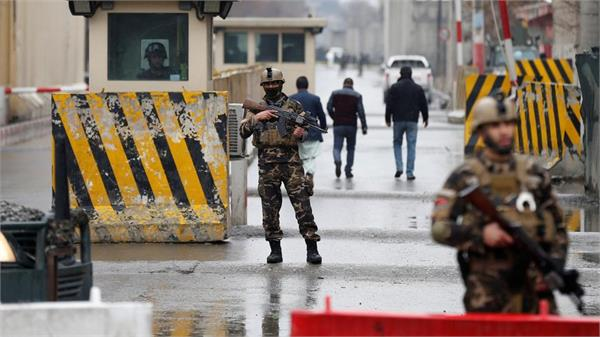 taliban attack an afghan forces check point killing 13