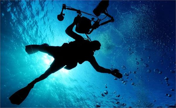 scuba divers to see strange creatures found in the sea