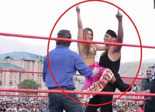 Sanky image, CWE, Rakhi Sawant Image,, CWE Wrestling