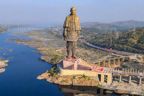 statue of unity heavy rush is rising to see