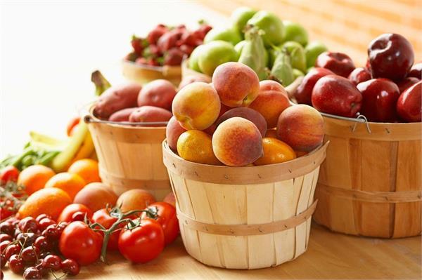 सीजन के हिसाब से खाएंगे फल, तभी मिलेगा भरपूर पोषण