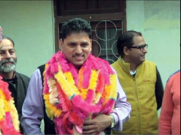 lakshmender guleria join the congress