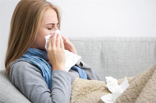 घर में जरूर रखें मिश्री और ये 4 चीजें, सर्दियों की बीमारियों से होगा बचाव