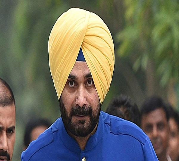 sukhbir badal speak against sidhu