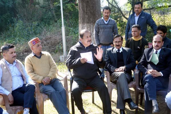 congress mla target the bjp about shimla mataur nh