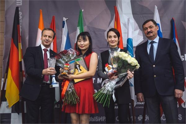 ju wenjun from china defended the world chess champion title
