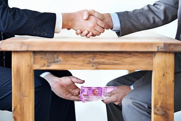 panchayat coordinator got caught accepting a bribe of rs 30 000
