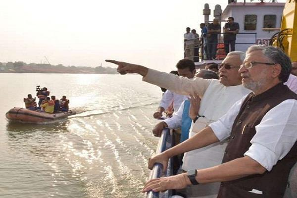 cm nitish inspected the ghats