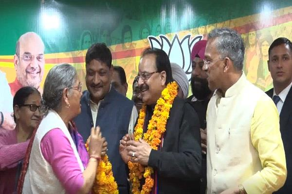 70 congress workers included in bjp before election