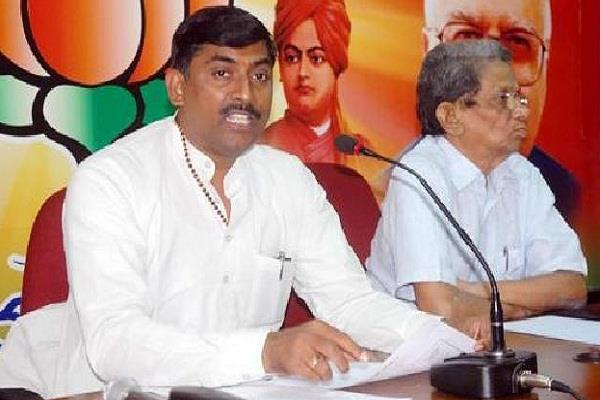 मोदी सरकार को हराने के लिए कांग्रेस ने नक्सलवादियों से हाथ मिलाया:भाजपा