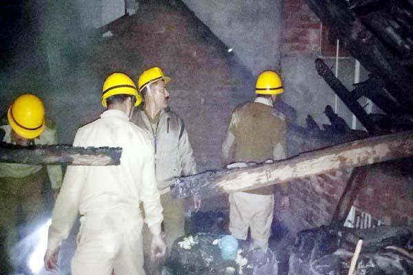 fierce fire one house and two cowshed change into ashes