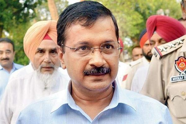 kejriwal left alone alone in delhi poisonous