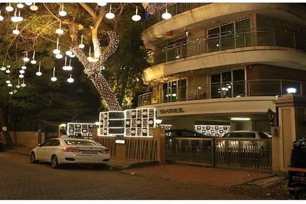 ranveer singh house decorated