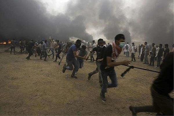 violence in gaza strip 33 palestinians injured