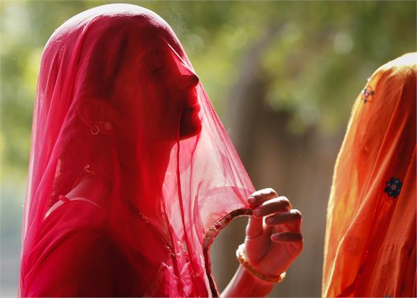 विधानसभा चुनावः राजस्थान तेलंगाना में 2.5 फीसदी कम हुआ मतदान