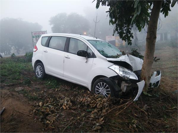 4 injure in road accident