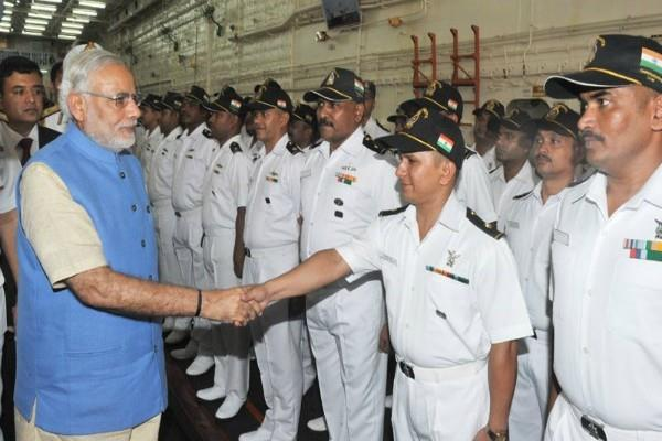 pm modi congratulates the soldiers on navy day