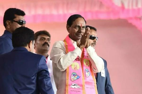 के. चंद्रशेखर राव ने दूसरी बार तेलंगाना के मुख्यमंत्री पद की शपथ ली