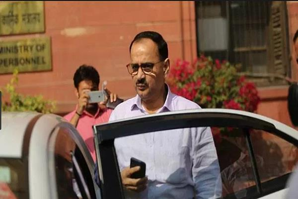cbi controversy alok verma s plea hearing goes on sc keeps safe decision