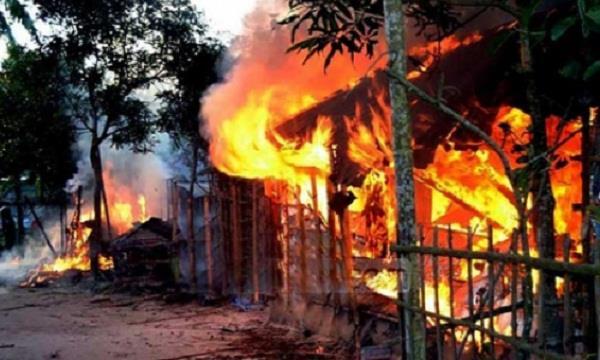 arson attack on hindu house in bangladesh