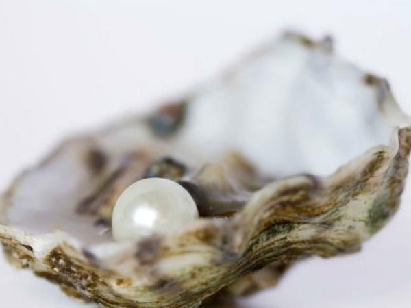 man finds million dollar pearl mouth while having lunch