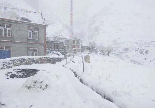fresh snowfall on the mountain minus 10 degrees below mercury